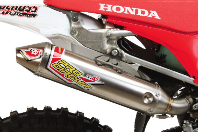 WE TEST 2009 HONDA CRF450 EXHAUST SYSTEMS: DR D, Pro Circuit
