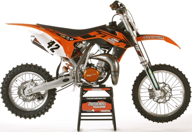 mxa 39 s 2014 ktm 85sxs motocross test a bike so special that they sell out like new iphones on. Black Bedroom Furniture Sets. Home Design Ideas