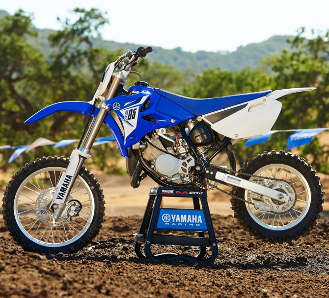 yamaha still believes in two strokes see the 2014 yz125 yz250 yz85 here motocross action. Black Bedroom Furniture Sets. Home Design Ideas