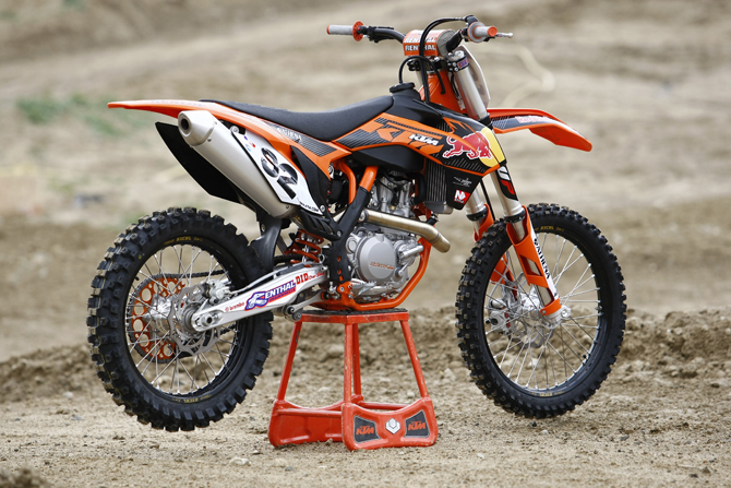 EXCLUSIVE LOOK INSIDE THE KTM 450SXF-FE: THE BIKE THAT ROGER ...