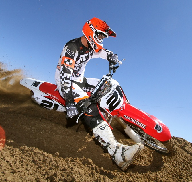 MXA'S 2012 HONDA CRF450 MOTOCROSS TEST: THEY HIRED NEW TEST RIDERS FOR 2012|Motocross Action ...