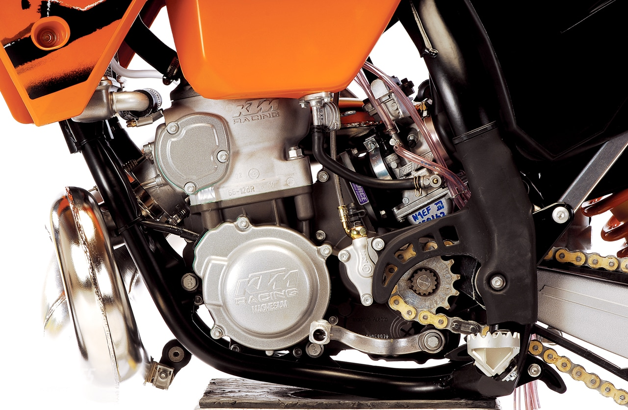 MXA'S 2006 KTM 250SX DIRT BIKE TEST | Motocross Action Magazine