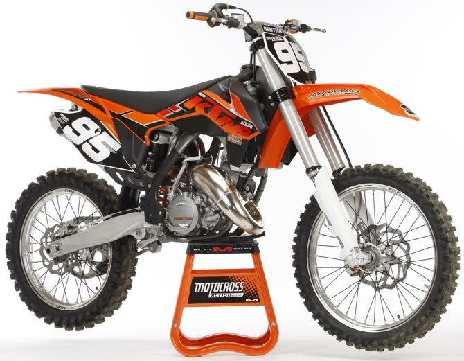 mxa 39 s 2014 ktm 125sx motocross test relegated to the junk heap of pro racing it is at the top. Black Bedroom Furniture Sets. Home Design Ideas