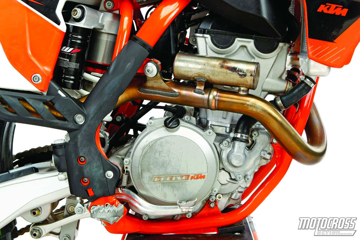 The 2015 KTM 350SXF engine is based on the 250SXF engine architecture, but  with a