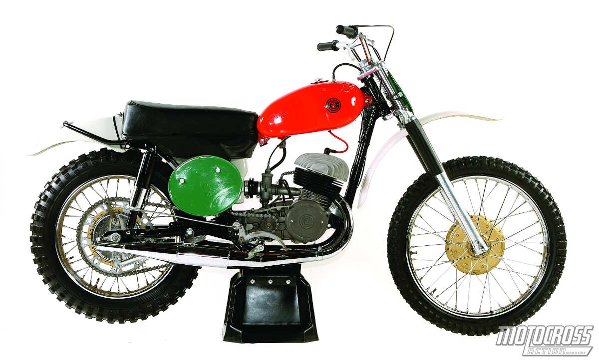 Tom Whites 10 Most Collectible Bike Round Up Museum Quality White 50cc Honda Pit Number Eight 1965 Cz250 Twin Port