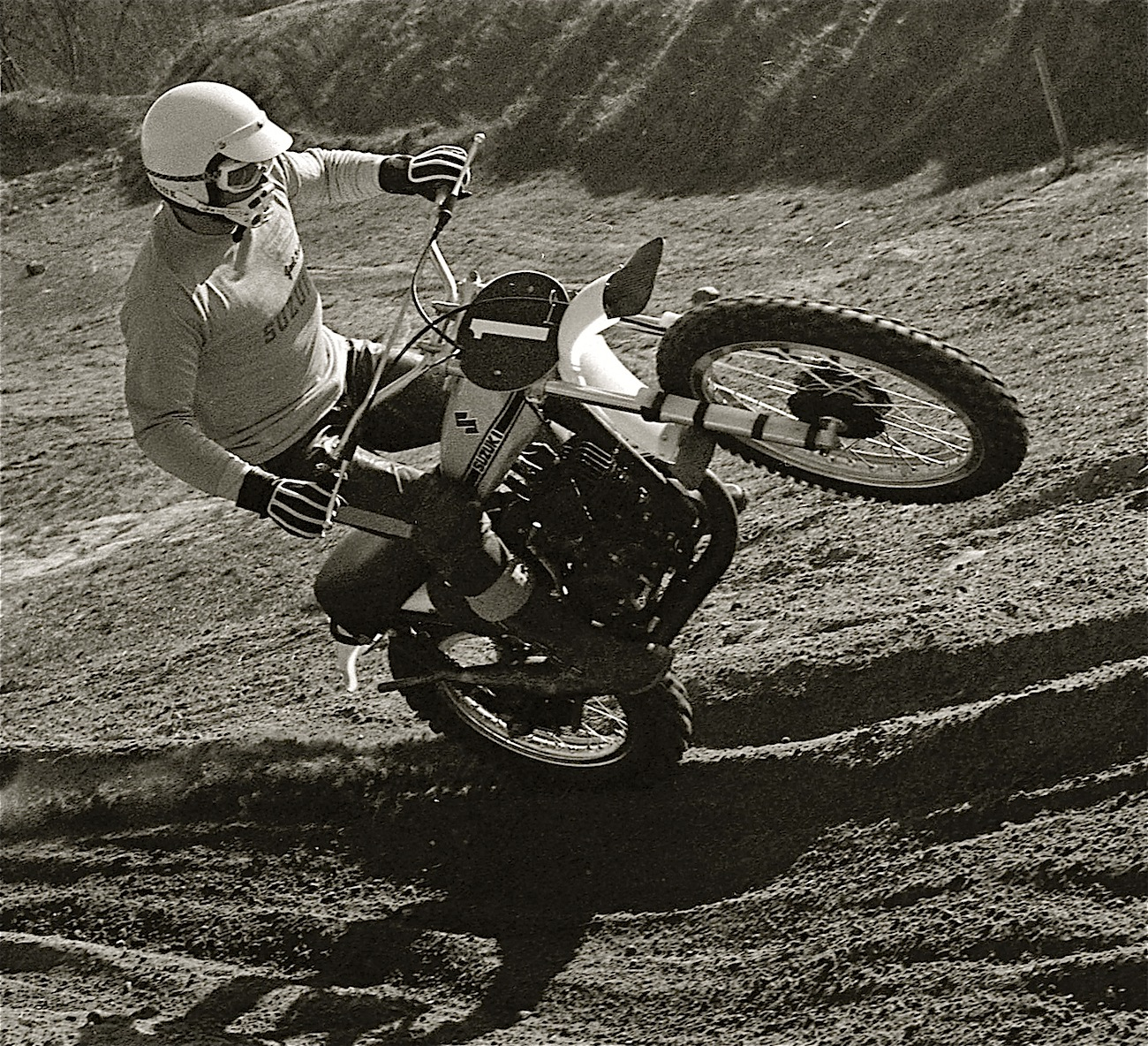 Mx Knee Braces >> CLASSIC MOTOCROSS PHOTOS: NOT EVERY WORLD CHAMP IS AN ADONIS | Motocross Action Magazine