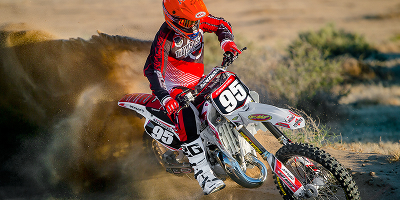 We Build A 21 Year Old Cr125 That Could Win Today