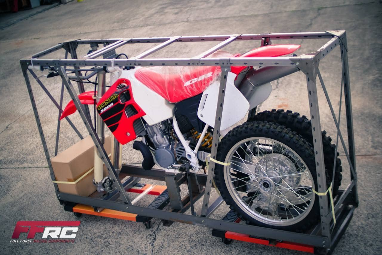 UNBOXING BRAND NEW 2001 HONDA CR500 AFTER BEING IN CRATE ...