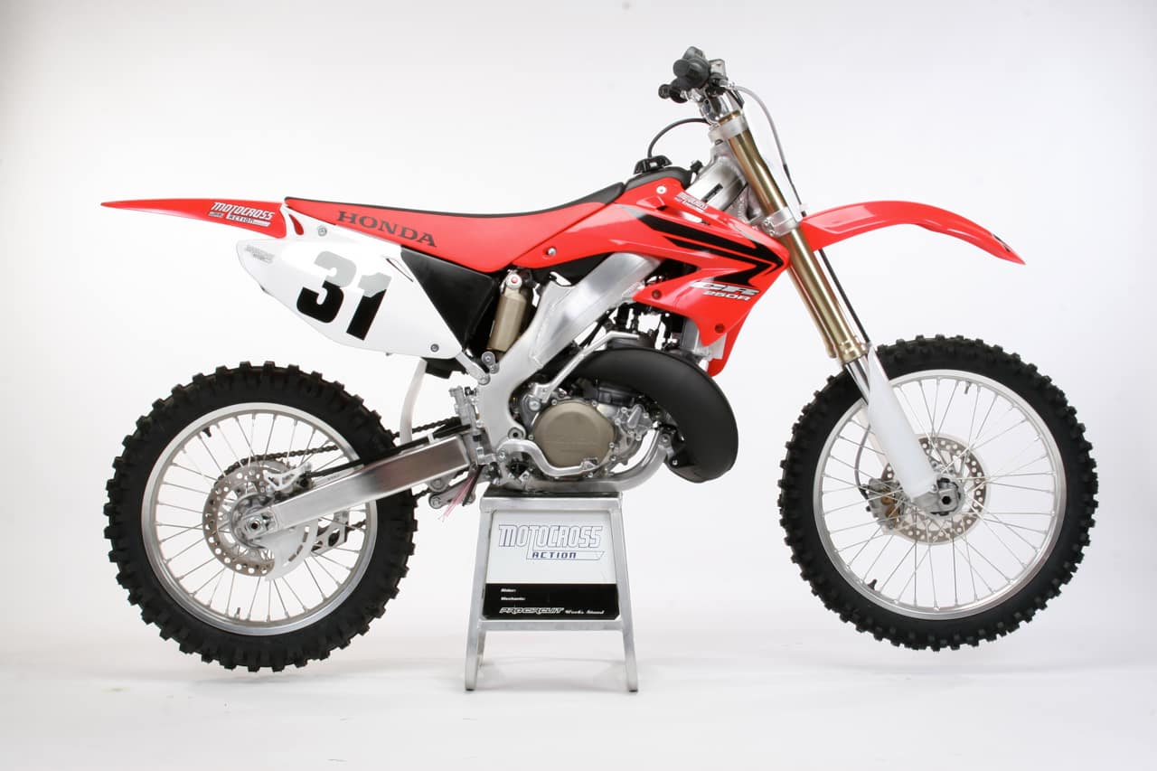 two stroke tuesday 2007 honda cr250 motocross action. Black Bedroom Furniture Sets. Home Design Ideas
