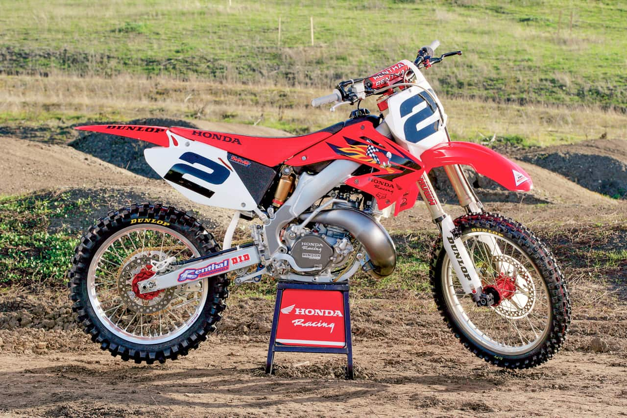 two stroke tuesday jeremy mcgrath 39 s 2005 factory cr250 motocross action magazine. Black Bedroom Furniture Sets. Home Design Ideas