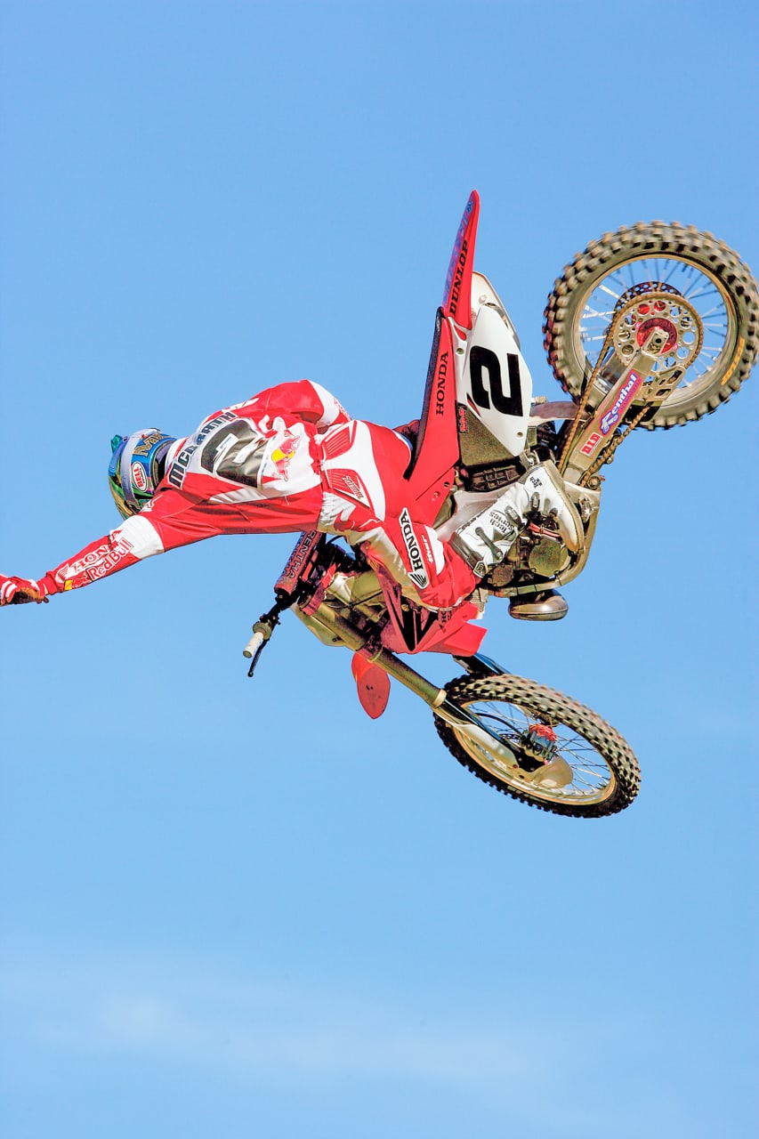 TWO-STROKE TUESDAY: JEREMY MCGRATH'S 2005 FACTORY CR250   Motocross Action Magazine