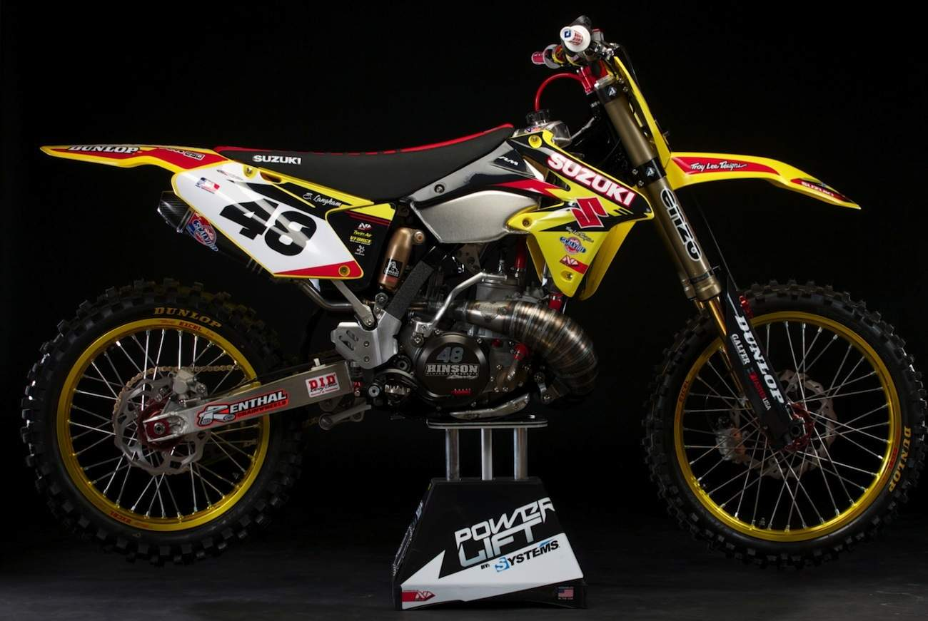 2018 SUZUKI RM250 TWO-STROKE THAT SHOULD BE MADE | Motocross