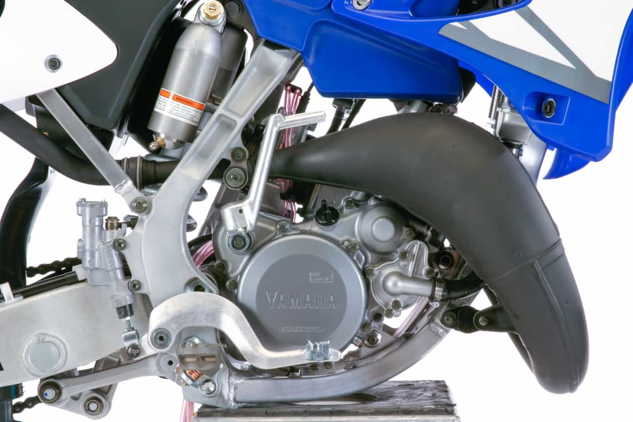 The 2005-2018 Yamaha YZ125 engine pumps out 34 horses where the new-age KTM  125SX pumps out 37 ponies.