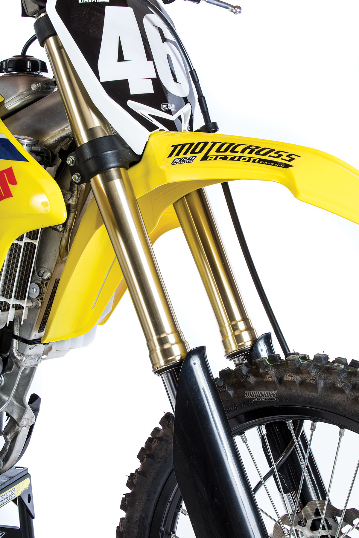 We like the low-pressure PSF-2 air forks. They have a standard air pressure  of 35 psi. It was too stiff. We ran 32 psi.