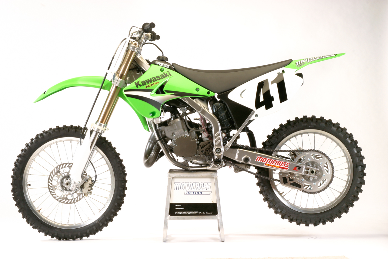 two stroke tuesday 2005 kawasaki kx125 motocross. Black Bedroom Furniture Sets. Home Design Ideas