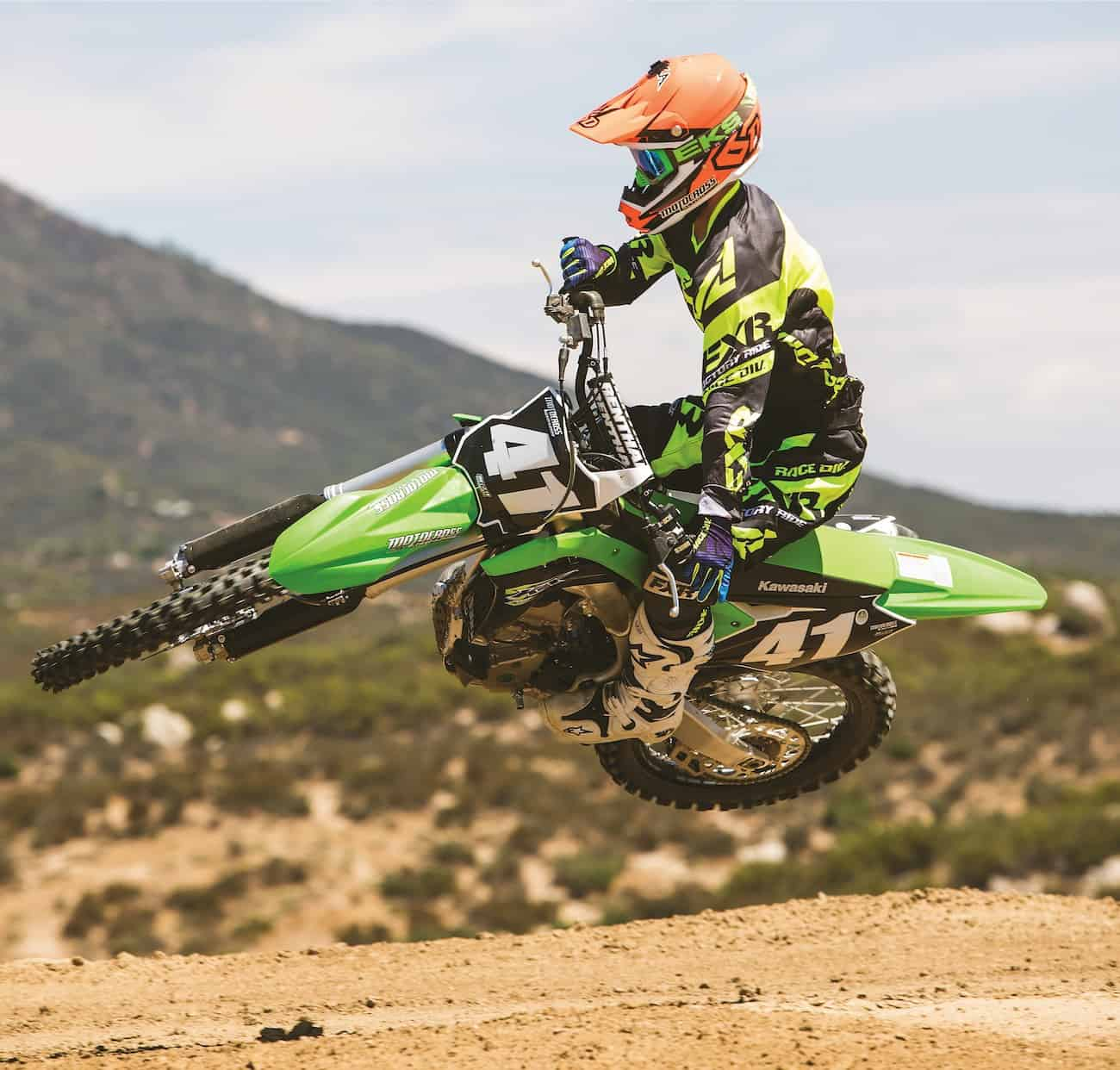 Mxa Motocross Race Test 2018 Kawasaki Kx250f Action 2009 Service Manual Basic Instruction This Chassis With The Old Engine Would Be An Awesome Bike Mxas