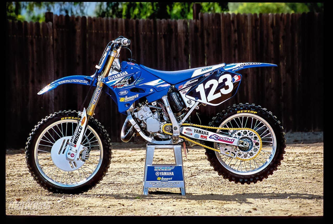 WE RIDE THE LAST FACTORY 125cc TWO-STROKE | Motocross Action