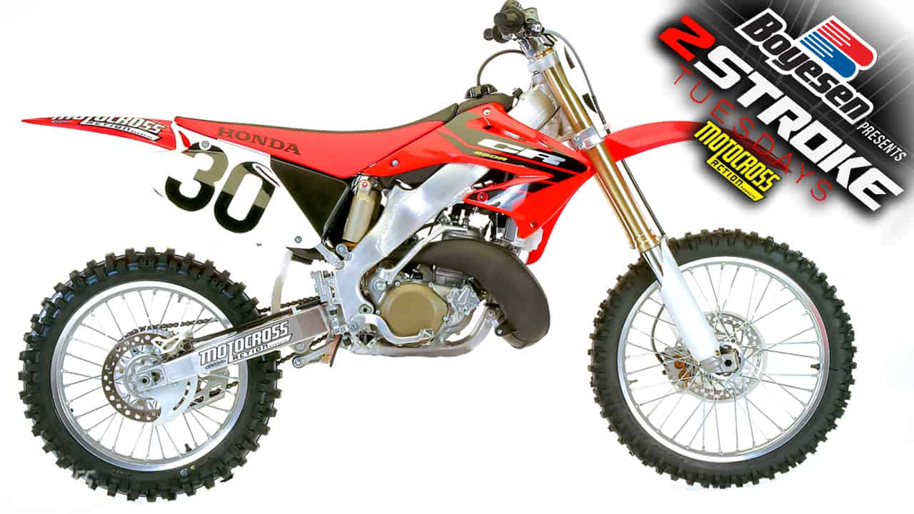 TWO-STROKE TUESDAY | WE TEST THE 2004 HONDA CR250