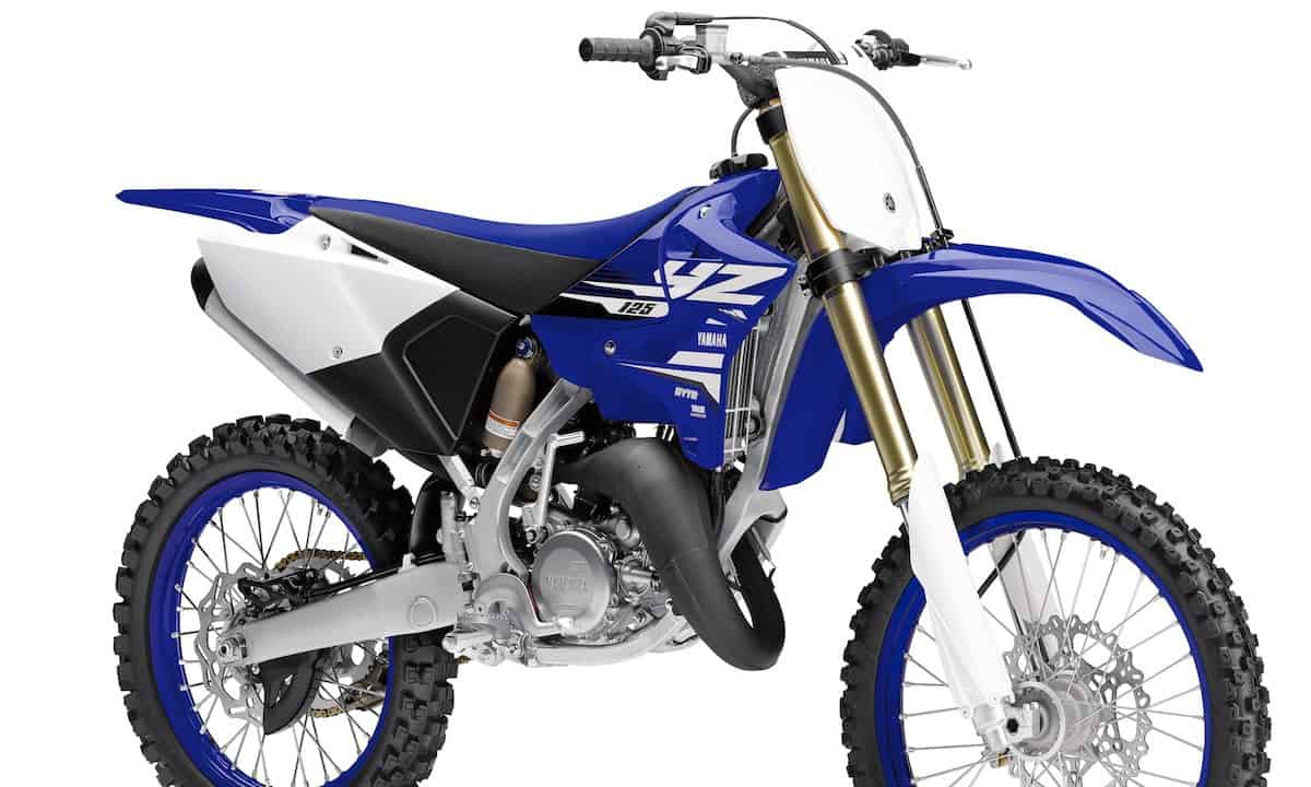 MXA FIRST RIDE: 2018 YAMAHA YZ125 TWO STROKE VIDEO ...