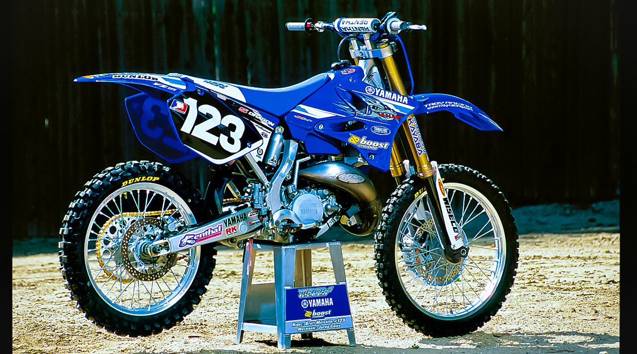 WE RIDE THE LAST FACTORY 125cc TWO-STROKE | Motocross Action Magazine