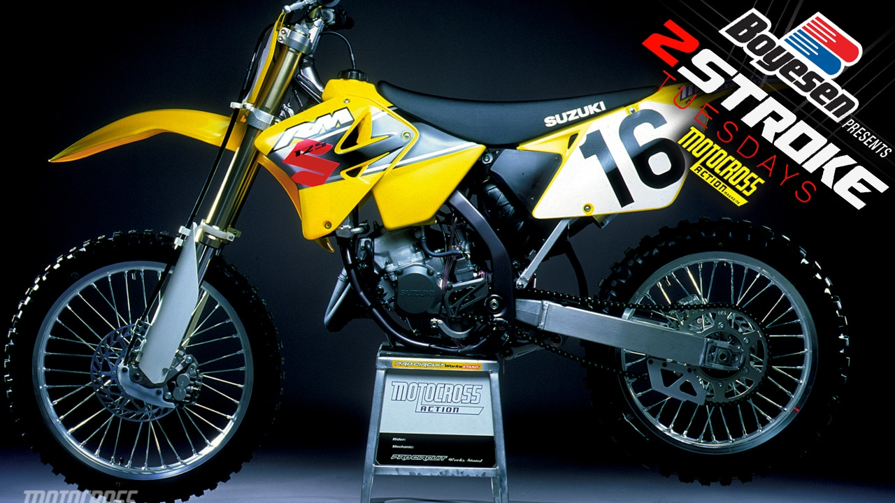 TWO-STROKE TUESDAY | WE TEST THE 2001 SUZUKI RM125