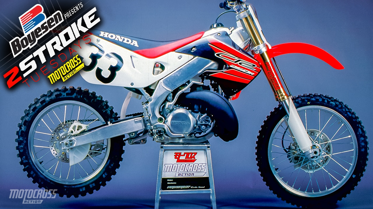 TWO-STROKE TUESDAY | INSIDE SECRETS OF THE 1999 HONDA ...