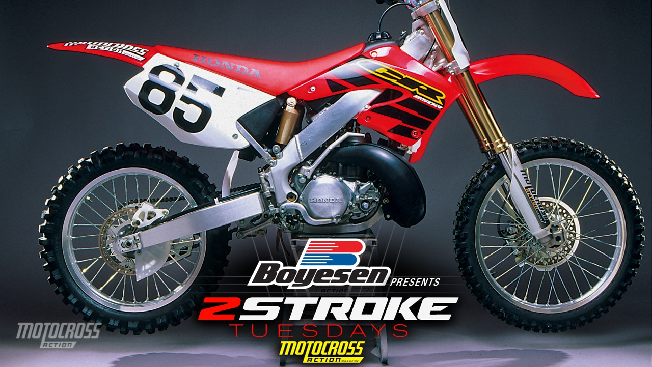 two stroke tuesday setup guide to the 2000 honda cr250 motocross action magazine. Black Bedroom Furniture Sets. Home Design Ideas
