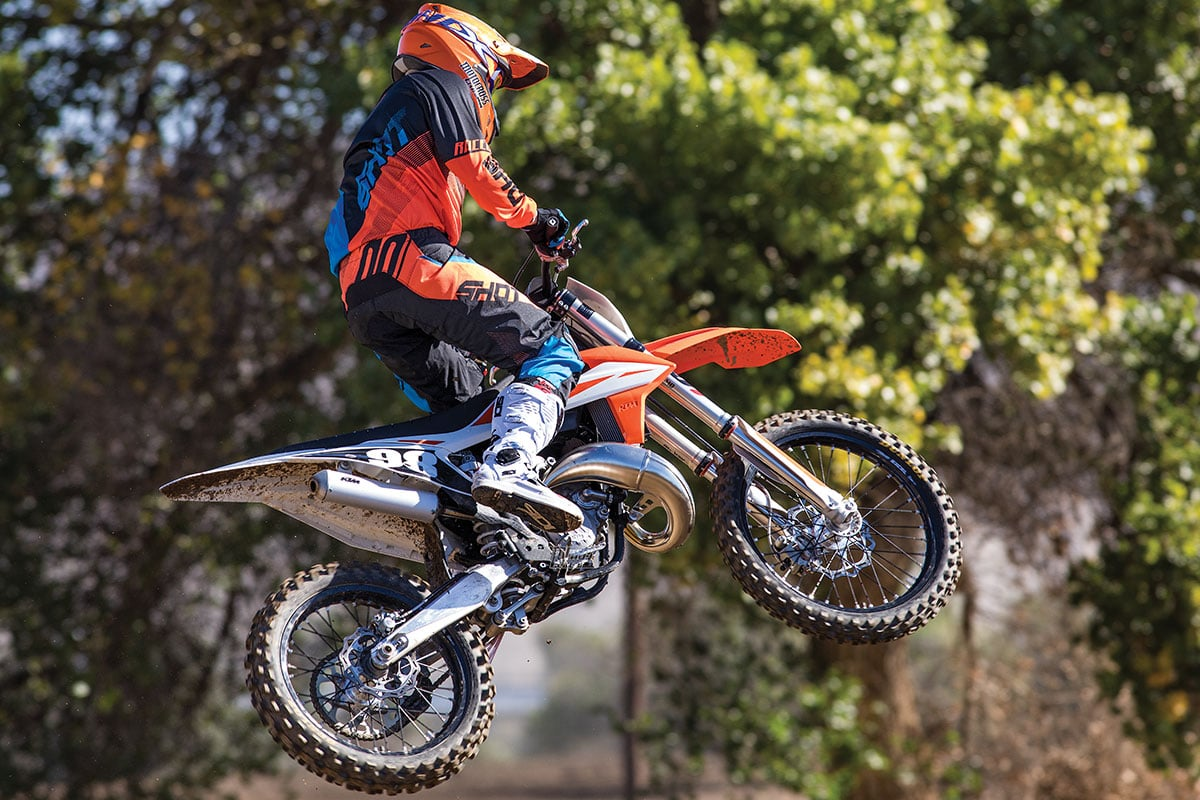 MXA RACE TEST: THE REAL TEST OF THE 2019 KTM 125SX TWO ...
