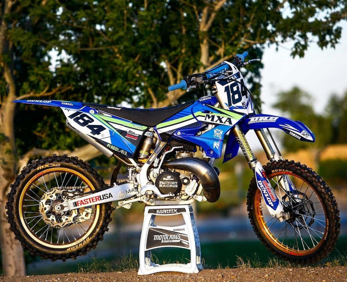 mxa two stroke files we built a full race yamaha yz250 motocross action magazine. Black Bedroom Furniture Sets. Home Design Ideas