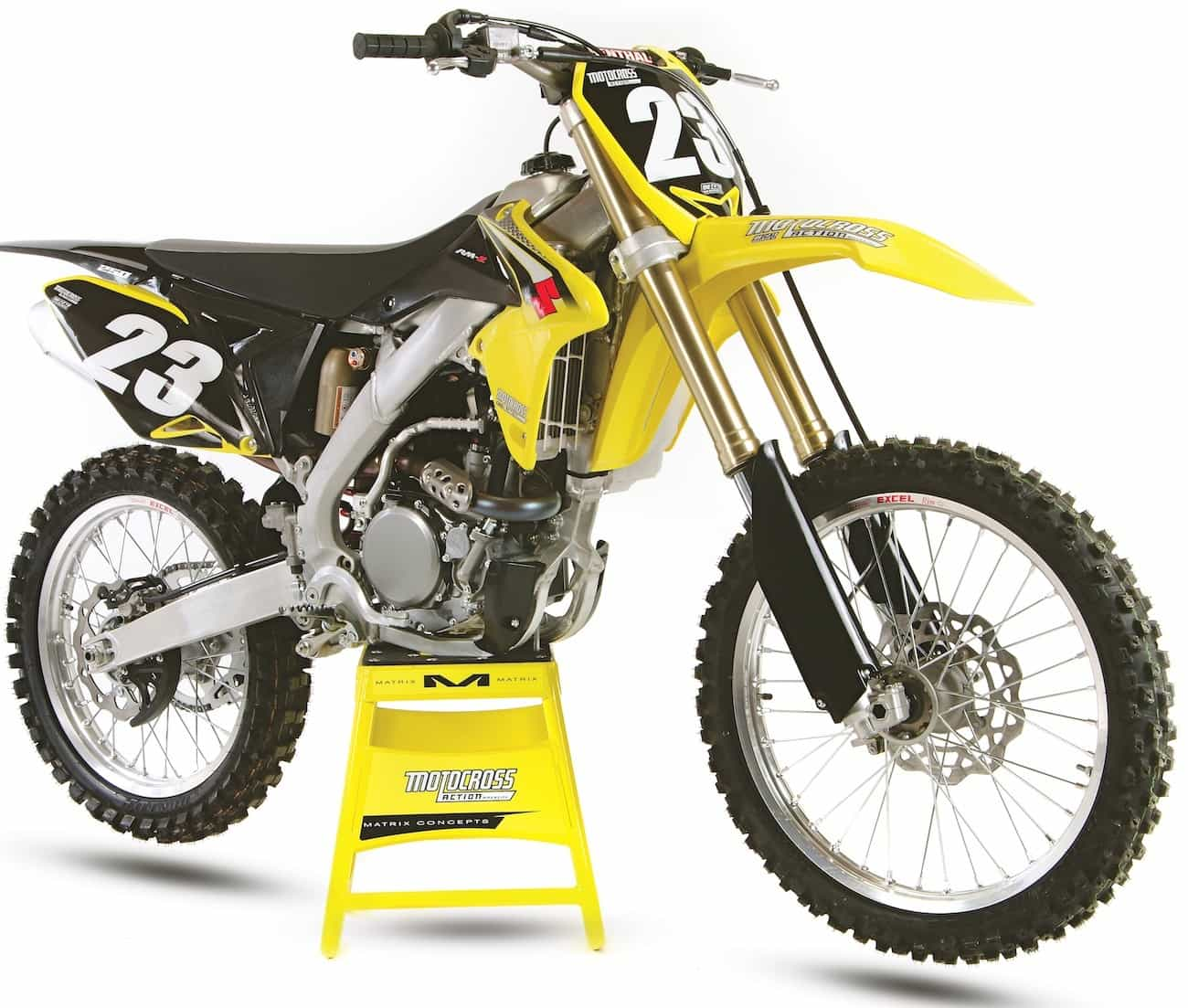 The 2016 RM-Z250 is a very fun bike to ride. It corners so well that MXA  test riders are willing to overlook the engine's ...