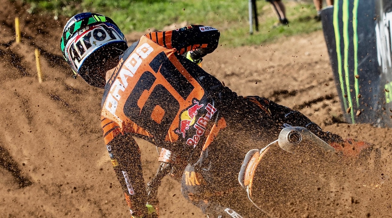 WATCH THE CONTROVERSIAL MANTOVA GRAND PRIX: 450 WINNER HAS WIN TAKEN AWAY | Motocross Action Magazine