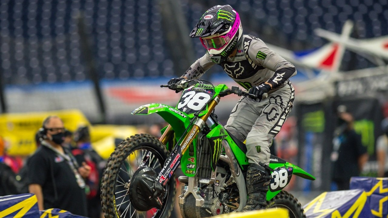 AUSTIN FORKNER AND RJ HAMPSHIRE OUT FOR HOUSTON 3
