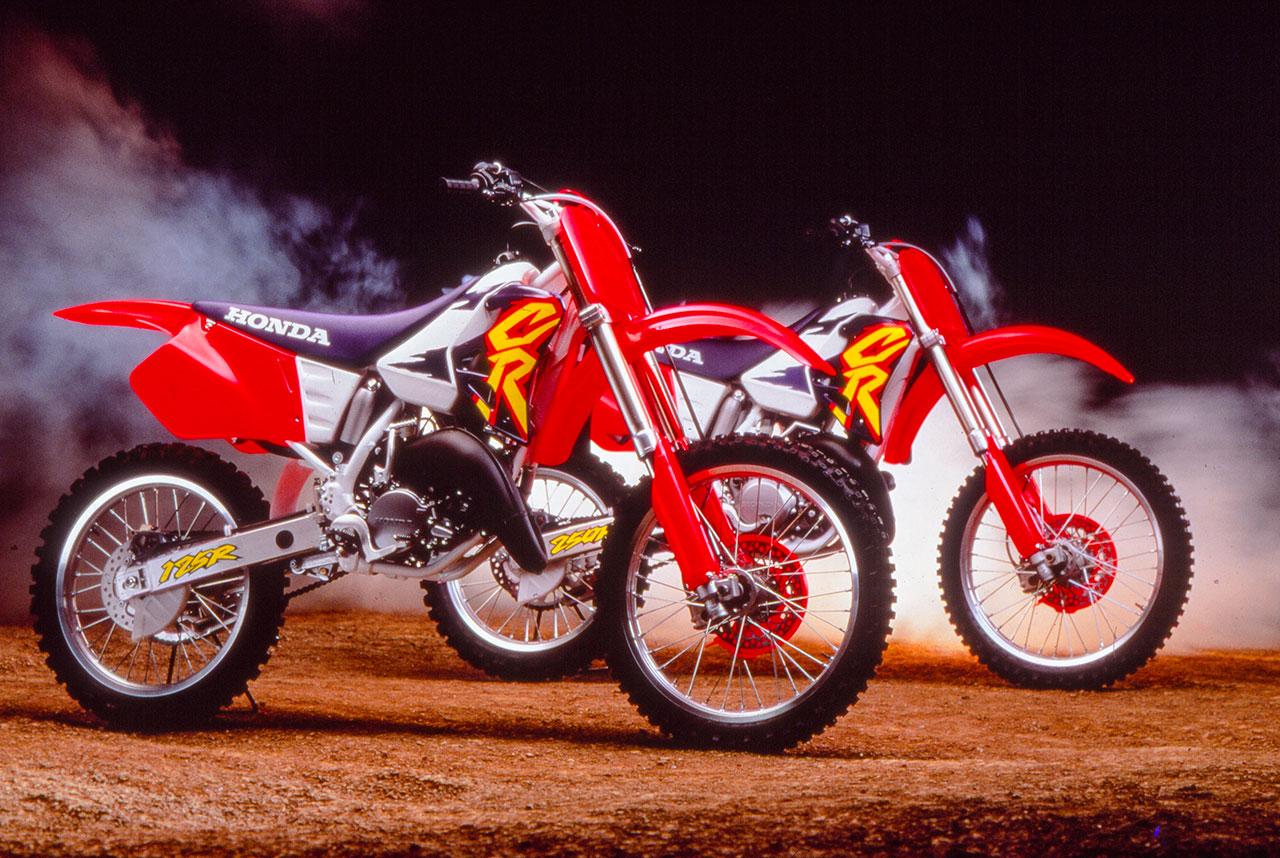 TWO-STROKE TUESDAY: 1995 HONDA CR125|Motocross Action Magazine