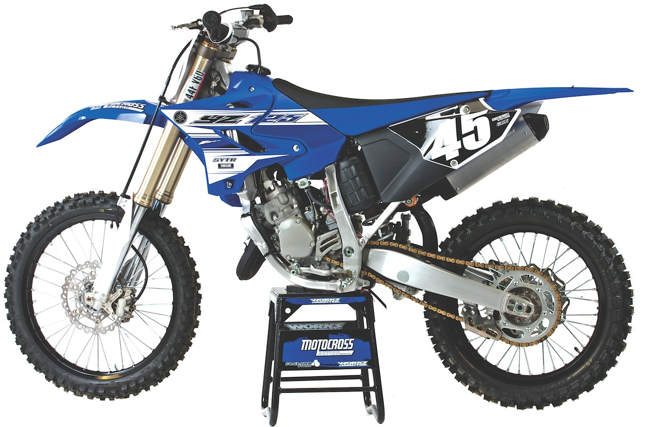 2016 yamaha yz125 two stroke race test everything you need to know motocross action magazine. Black Bedroom Furniture Sets. Home Design Ideas