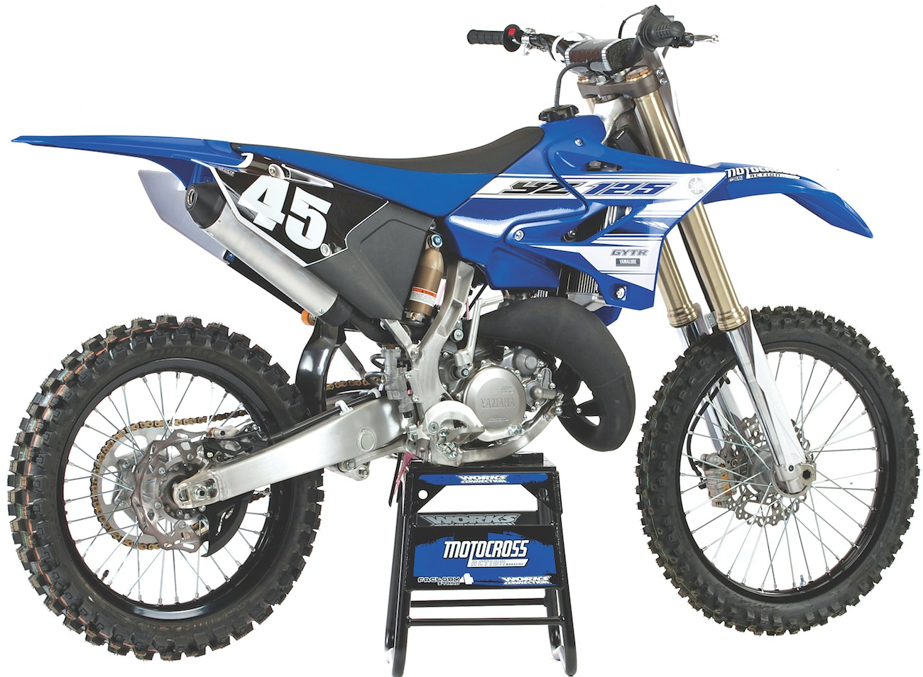 2016 YAMAHA YZ125 TWO-STROKE RACE TEST: EVERYTHING YOU NEED