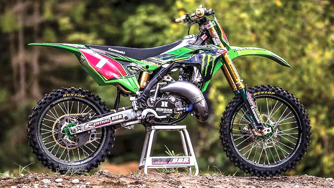 carson brown builds a trick kawasaki kx125 two stroke. Black Bedroom Furniture Sets. Home Design Ideas