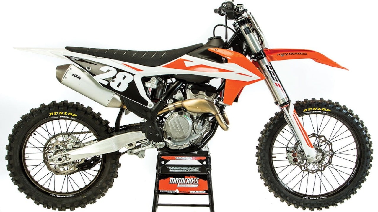 mxa race test the real test of the 2019 ktm 250sxf. Black Bedroom Furniture Sets. Home Design Ideas
